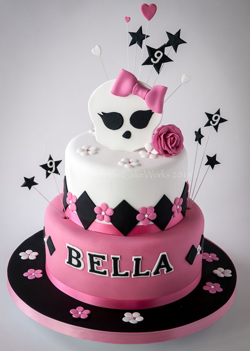 "Monster High themed birthday cake - ""Freaky just got Fabulous"""